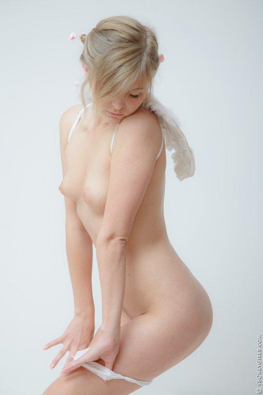 Фото коллекция сногсшибательных девах с красивыми фигурками