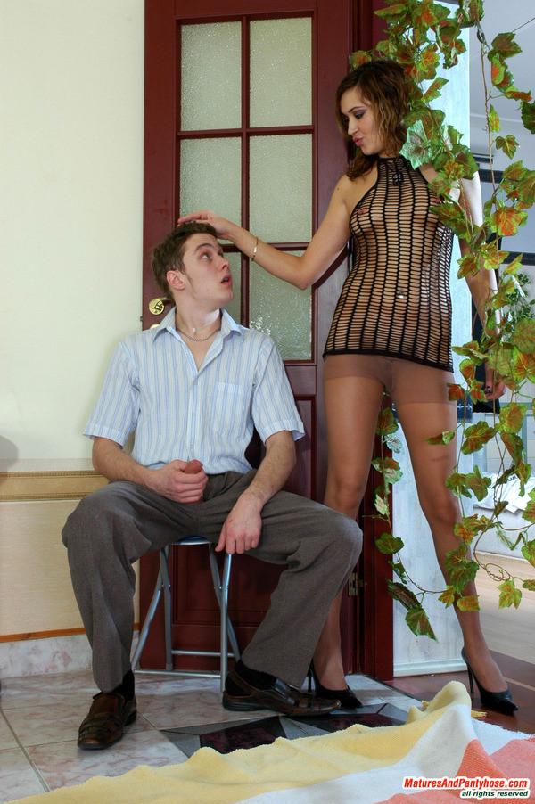 Кавалера мастурбируют при женщинах - подборка 005