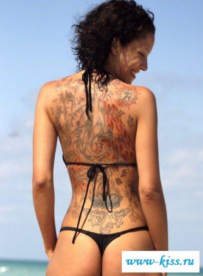 Эротические татуировки на нарядных девушках